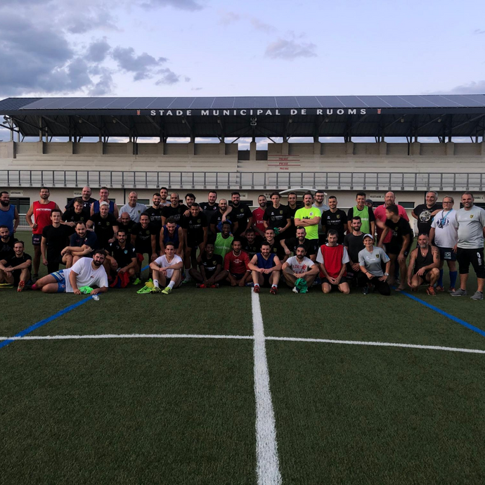 Une rencontre foot-rugby au programme :