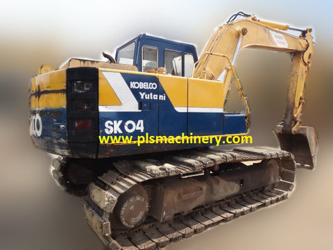 R03  SK04N2 KOBELCO EXCAVATOR RENTAL SINGAPORE WITH LOAD INDICATOR