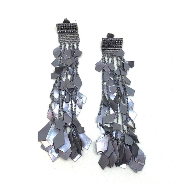 Woven Black Star Fall Earrings - Milena Zu