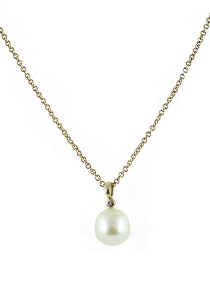 9ct Gold Natural Pearl Pendant with Diamond