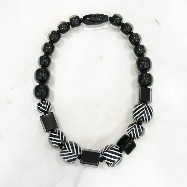 Zsiska Black and White-stripe Resin Necklace