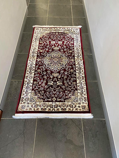 Classic 700 Red Traditional Design Rug With Center Medallion - Lalee Designer Rugs