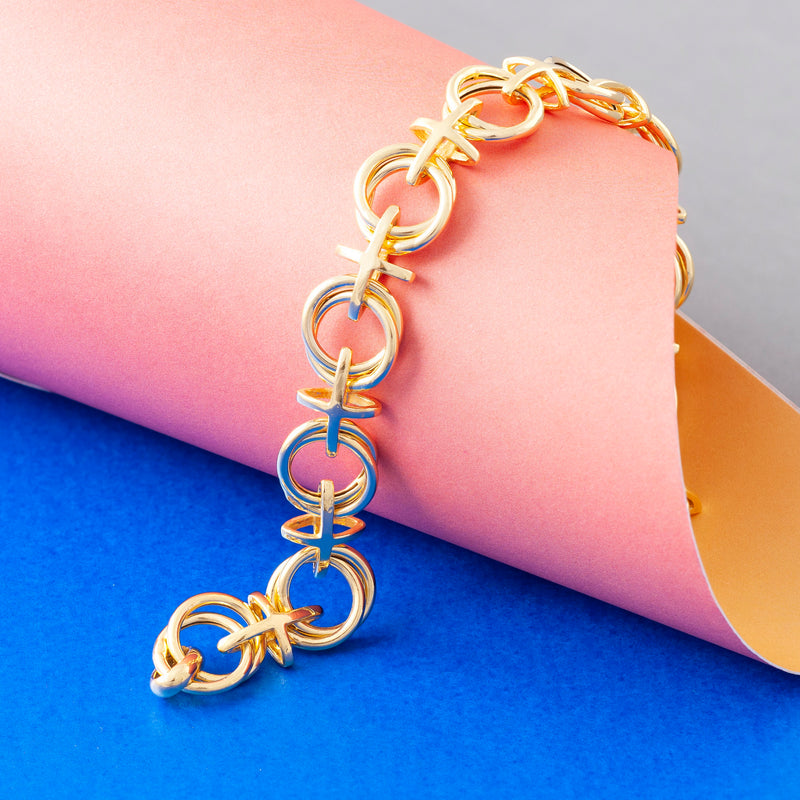 GOLD NOUGHTS AND CROSSES CHAIN BRACELET