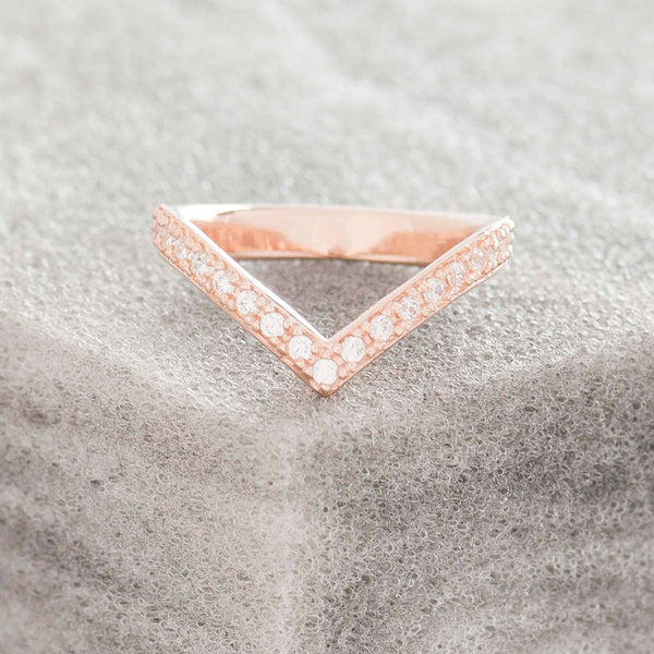 ROSE GOLD PAVE 'V' RING