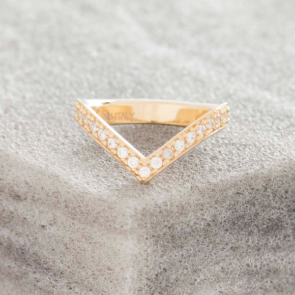 GOLD PAVE 'V' RING