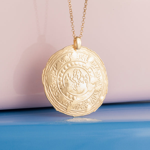 LARGE GOLD ETRUSCAN COIN PENDANT