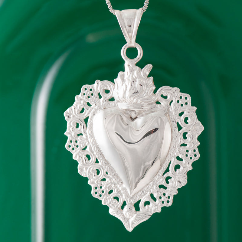 LARGE SILVER SACRED HEART PENDANT