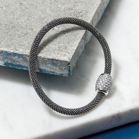 BLACK DIAMOND CUT BRACELET WITH ZIRCON BARREL