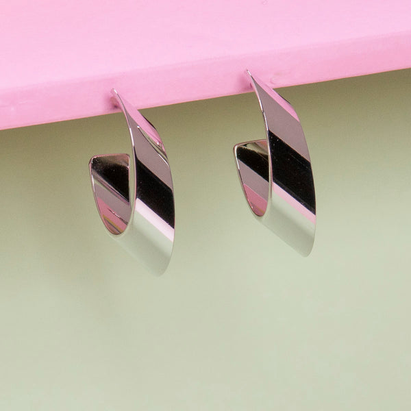 SILVER OVAL FLAT HOOP EARRINGS