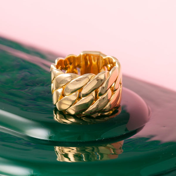 GOLD CHUNKY CHAIN RING