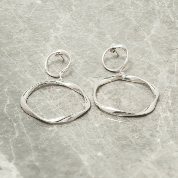SILVER TWISTED DOUBLE HOOP EARRINGS
