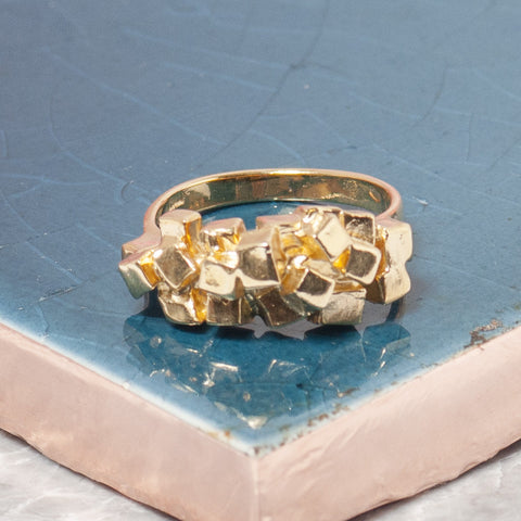 GOLD CUBES RING