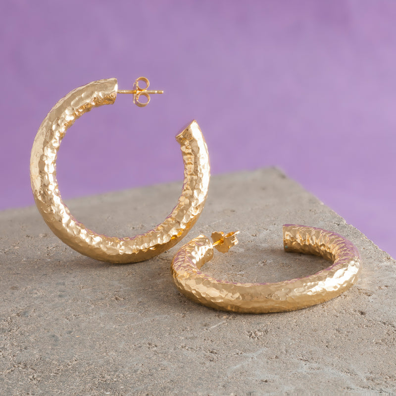 LARGE HAMMERED GOLD HOOP EARRINGS