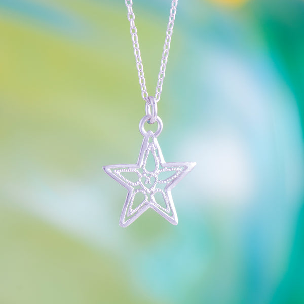STAR LACE PENDANT