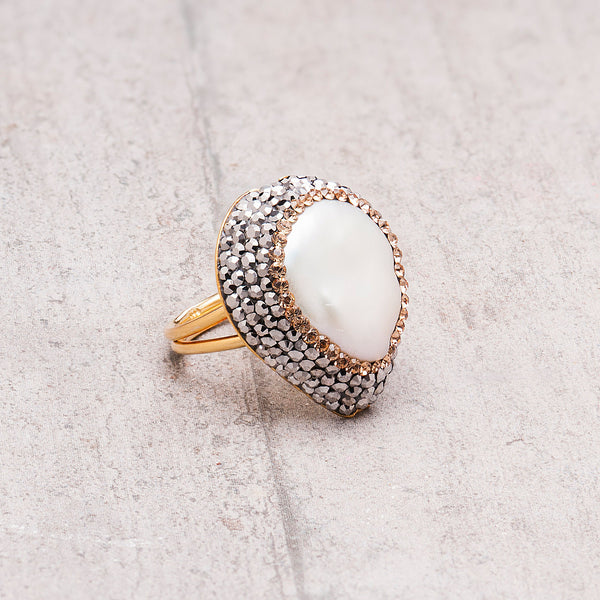 PEARL AND CRYSTAL COCKTAIL RING