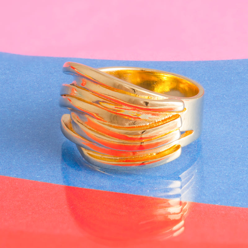 GOLD RIBBON RING