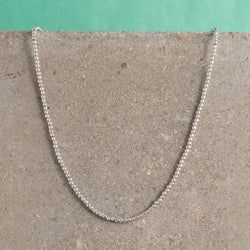 SILVER SPARKLE BEAD NECKLACE