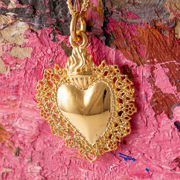 SMALL GOLD SACRED HEART PENDANT