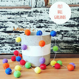 Felt Pom-Pom Ball Garland: decor item