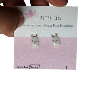Pretty Ears Exclusive Farm Animals Studs - Lama