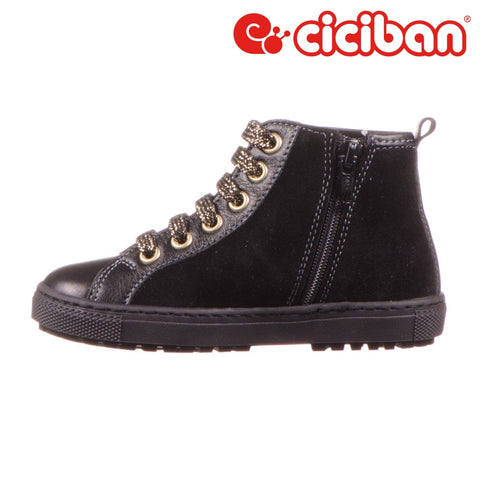 Carmen Black 06 - Side Zipper Shoe