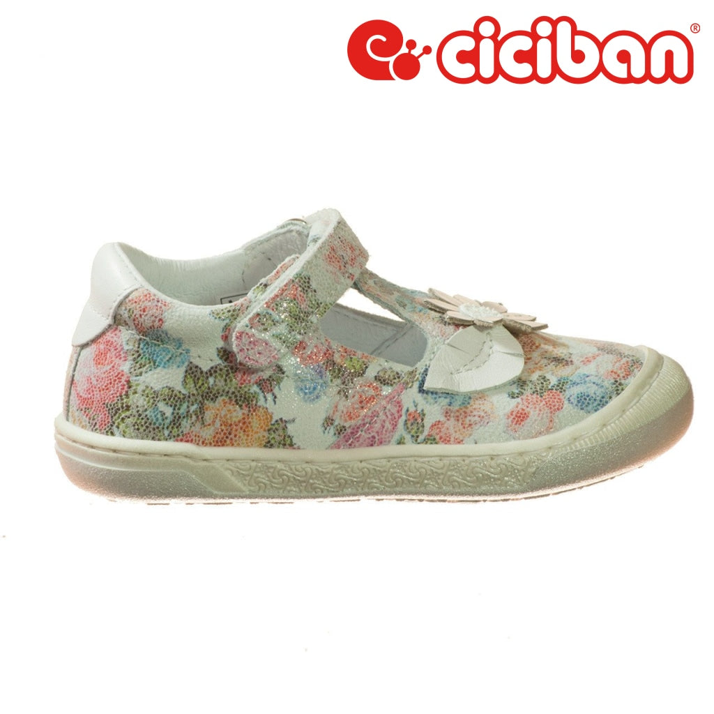Flor Orchidea 01 Shoe