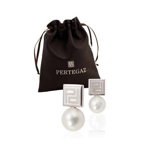 Women's Earrings with Pearl