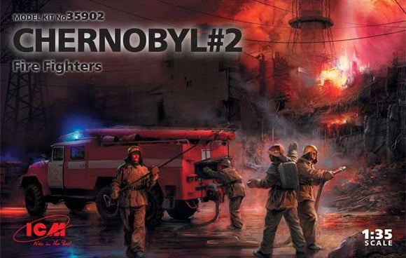 Chernobyl #2 Fire Fighters AC-40-137A Firetruck + 4 Figures (ICM)