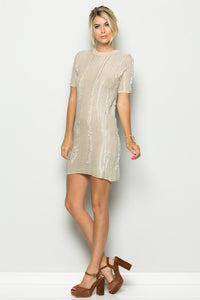 Distressed T-shirt dress - a.o.allure