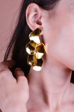 Load image into Gallery viewer, Abstract earrings