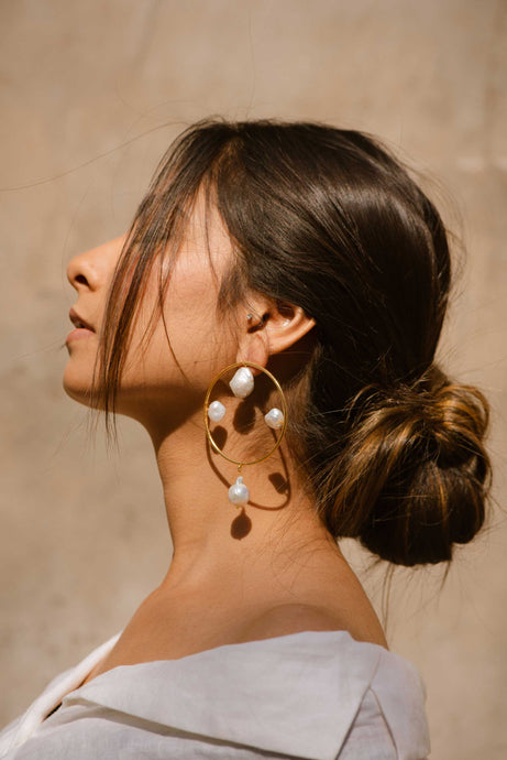 Pearl moon hoops
