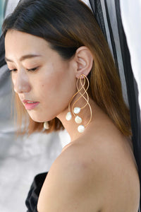 Pearl vine earrings