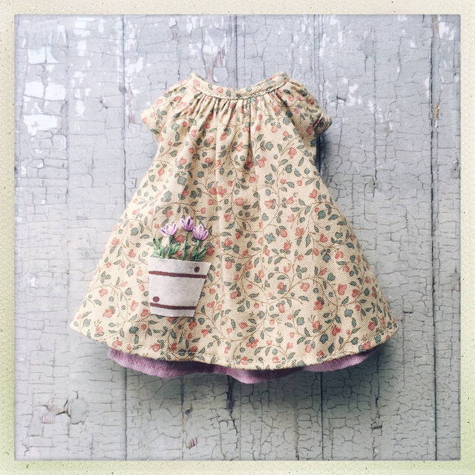 A Spring Bouquet - sprigged smock Dress - Outfit Set for Blythe Dolls
