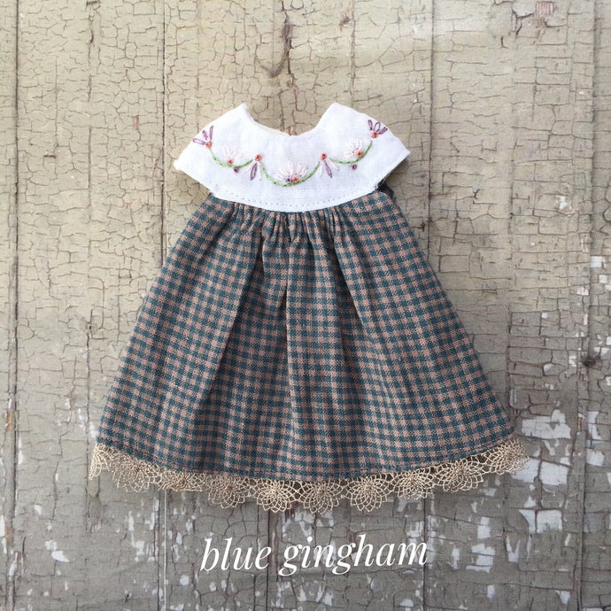 A summery smock - Blue Gingham