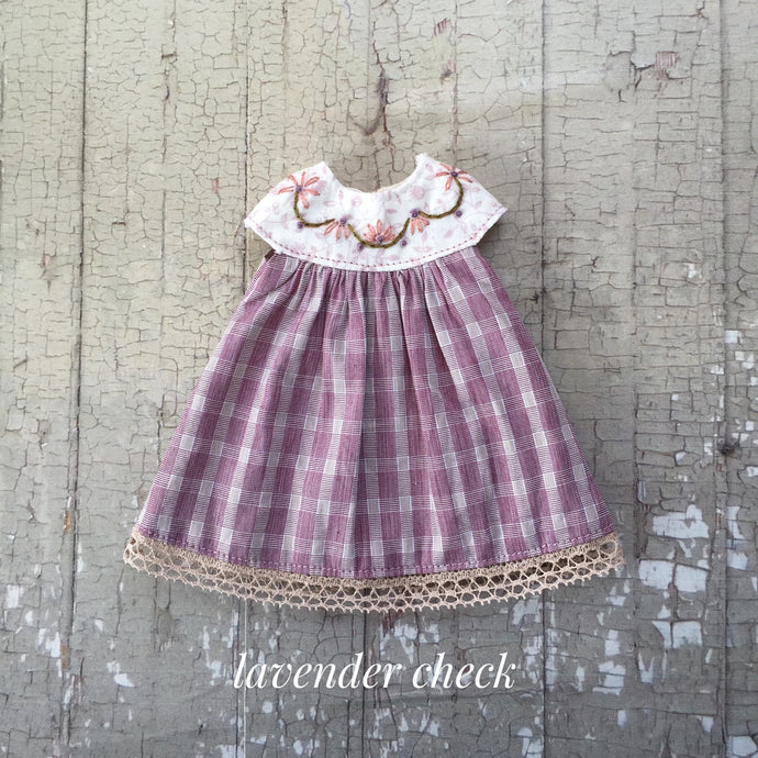 A summery smock - Lavender Checks