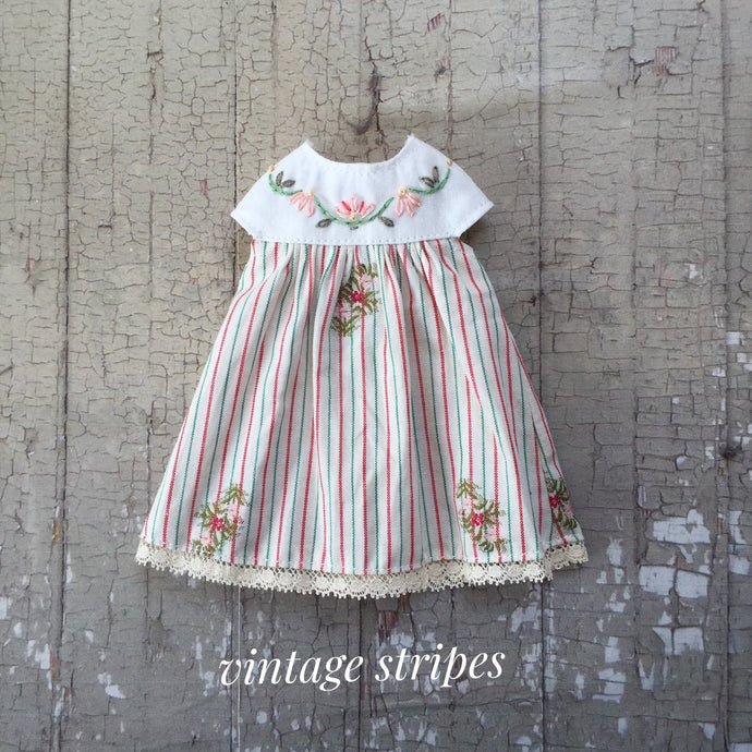 A summery smock - Vintage Stripes