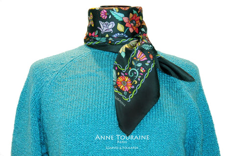 Floral scarves: FLORAL silk scarf, grey background and multicolor flowers by ANNE TOURAINE Paris™.Perfect with a turquoise blue sweater.