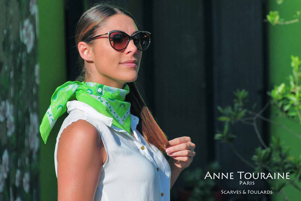bandana-bandanas-silk-cotton-kerchief-kerchiefs-black-luxury-scarves-scarf-neck-scarves-french-luxury-summer-paisley-anne-touraine-paris (27)