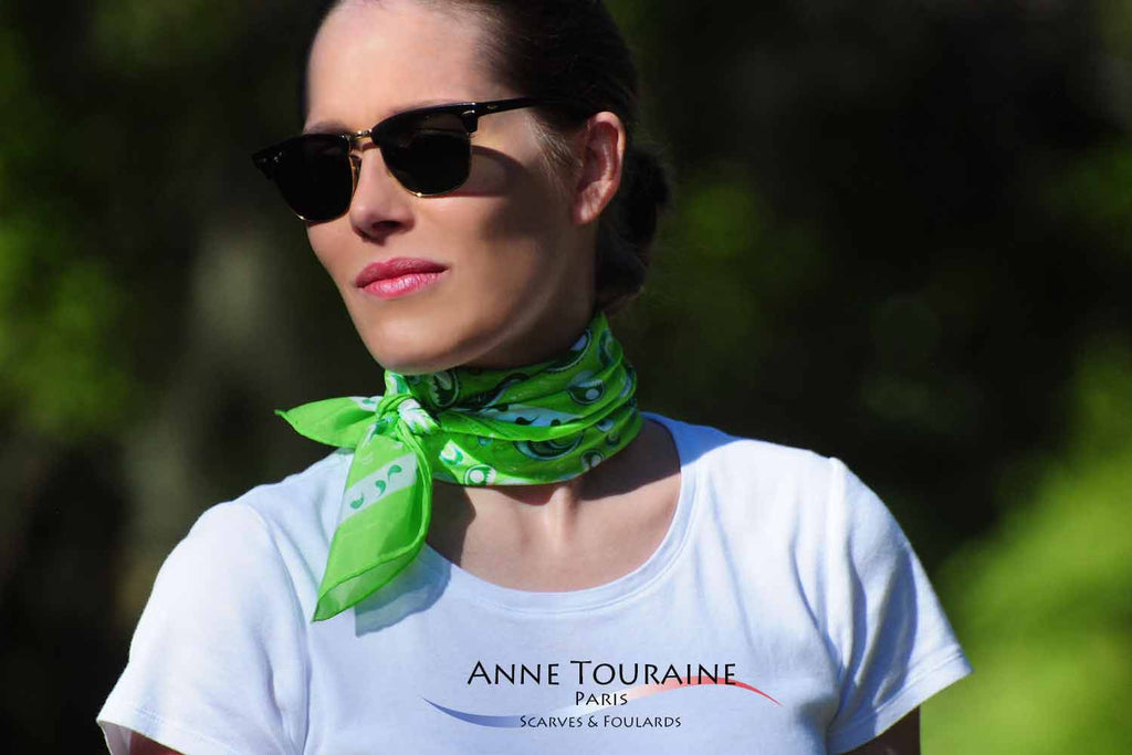 bandana-bandanas-silk-cotton-kerchief-kerchiefs-green-luxury-scarves-scarf-neck-scarves-french-luxury-summer-paisley-anne-touraine-paris (11)