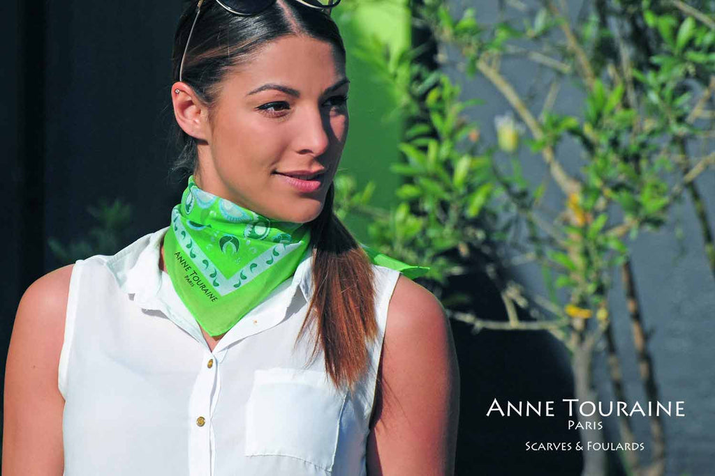 bandana-bandanas-silk-cotton-kerchief-kerchiefs-green-luxury-scarves-scarf-neck-scarves-french-luxury-summer-paisley-anne-touraine-paris (12)
