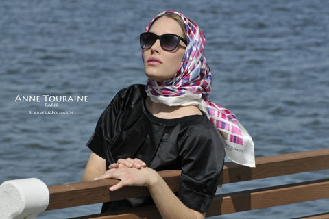 Extra large scarves: blue and pink silk scarf by ANNE TOURAINE Paris™. Perfect for a style à la Grace Kelly