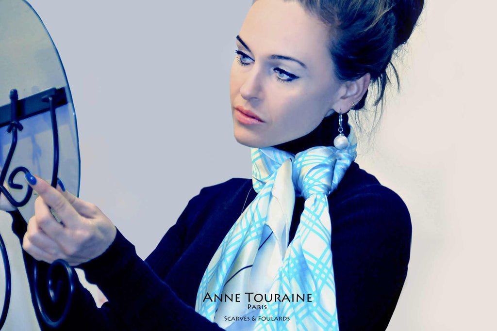 Extra large silk scarves by ANNE TOURAINE Paris™: blue and white silk satin scarf tied around the neck with a simple knot