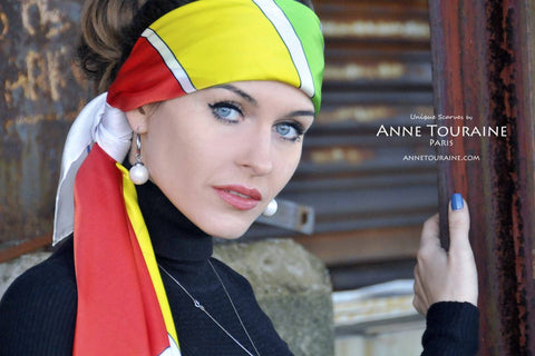 Extra large multicolor silk scarf with a modern design by ANNE TOURAINE Paris™. A summer must-have!