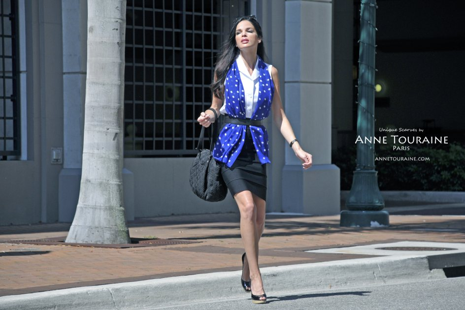 Chiffon silk scarves by ANNE TOURAINE Paris™: blue polka dot scarf loose around the neck and under a belt