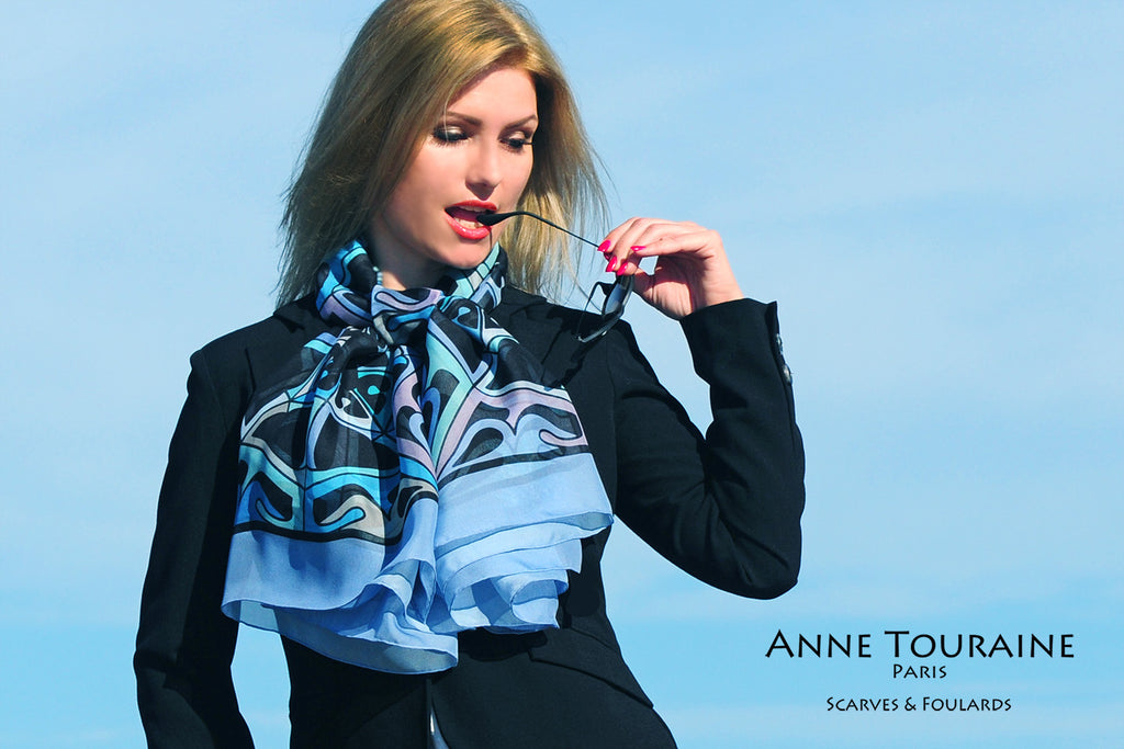 Extra large silk chiffon scarf multicolor around a ponytail Extra large silk chiffon scarves by ANNE TOURAINE Paris™: lavender blue scarf with one simple knot