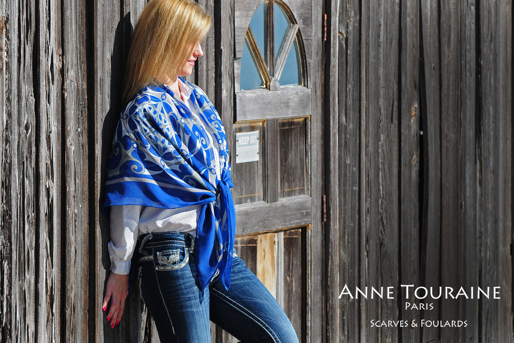 Extra large silk chiffon scarf multicolor around a ponytail Extra large silk chiffon scarves by ANNE TOURAINE Paris™: blue scarf as a shawl
