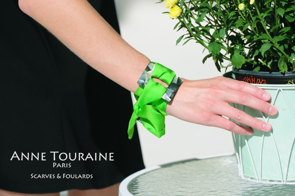 Green silk twilly and square scarf ring used to create an original silky bracelet: two unique creations by ANNE TOURAINE Paris™