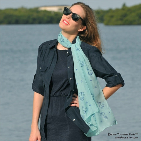 Turquoise blue silk chiffon scarf with cat pattern, oblong shape: a perfect gift for cat lovers. Scarf by ANNE TOURAINE Paris™ (3)