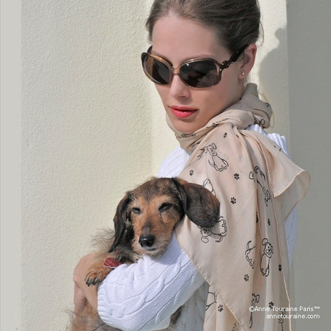 Beige silk chiffon scarf with dog pattern, oblong shape: a perfect gift for dog lovers. Scarf by ANNE TOURAINE Paris™ (2)