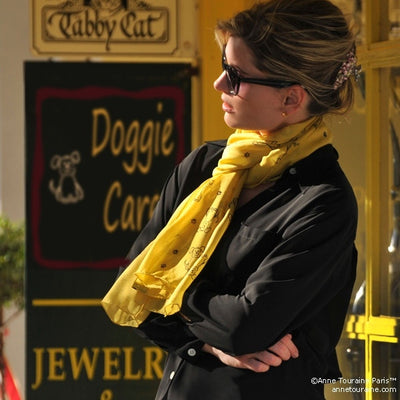 Yellow silk chiffon scarf with dog pattern, oblong shape: a perfect gift for dog lovers. Scarf by ANNE TOURAINE Paris™ (2)
